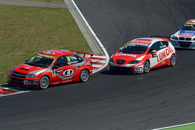 James Thompson and Aleksei Dudukalo - Photo Credit: FIA WTCC
