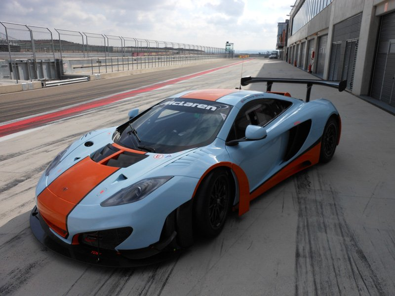 Gulf-Racing-Aragon-Test-2013