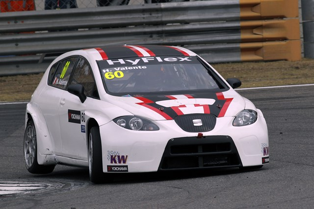 Hugo Valente - Photo Credit: FIA WTCC