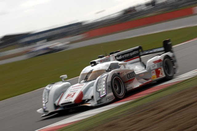 A final stint fight back by McNish provided a thrilling finale to the WEC opener (Photo Credit: Chris Gurton Photography)