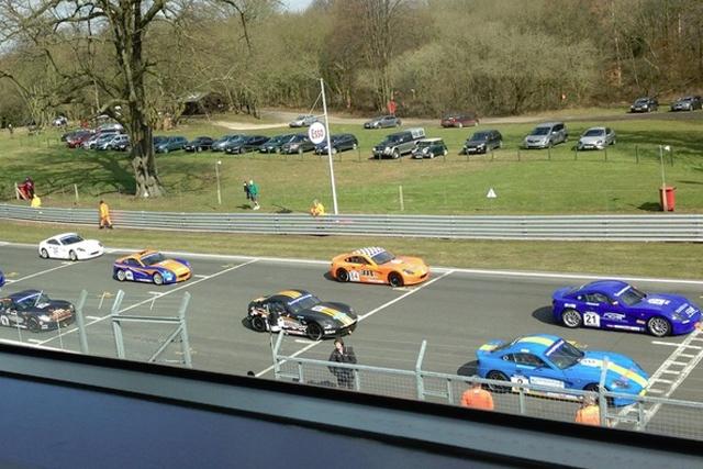 GT5 Oulton race one grid