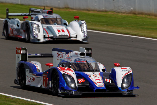 Toyota and Audi face off at the front of the WEC pack (Photo Credit: FIA WEC)