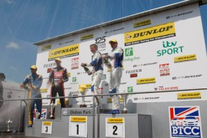 MG 1-2 podium Oulton 2013 BTCC