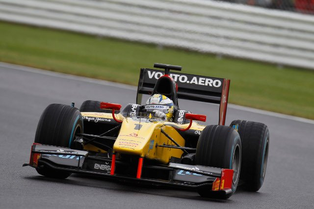 The DAMS driver beat the Silverstone rain, and the GP2 pack (Credit: Alastair Staley/GP2 Series Media Service)