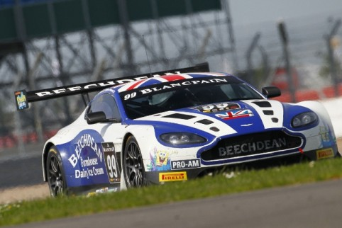 Beechdean are one of a number of British teams on the Spa grid (Credit: V-IMAGES.com/Fabre)