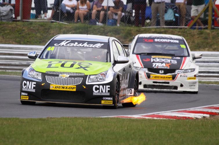 Andy Neate Snetterton 2013 races