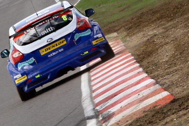 Aron Smith reached the podium for Airwaves Racing (Photo: KAN Photography)