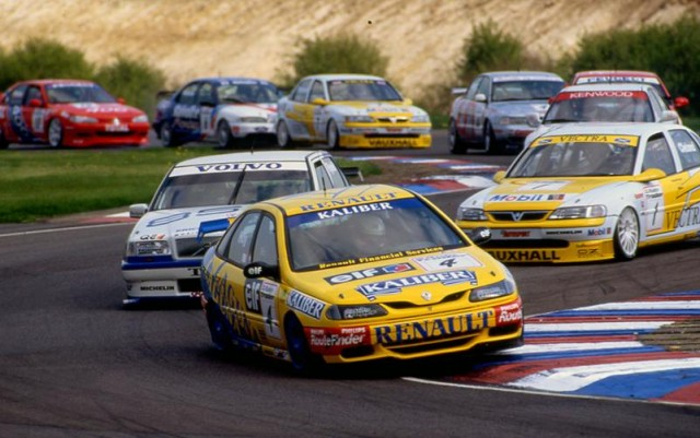 Works manufacturer efforts filled the competitive 90s grids (Photo: btcc.net)