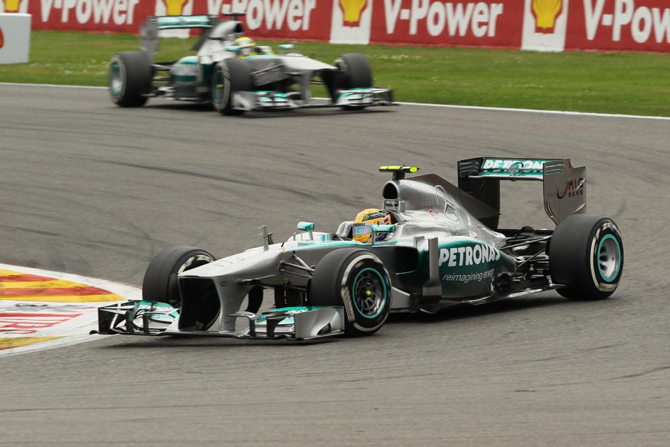Hamilton-Rosberg-Spa-2013-Octane