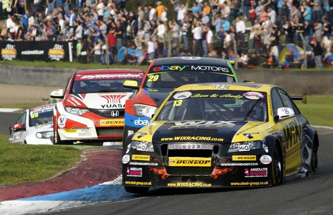 Austin leads at Knockhill BTCC 2013