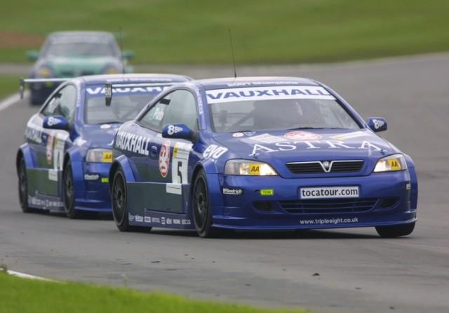 BTCC 2001 Vauxhalls