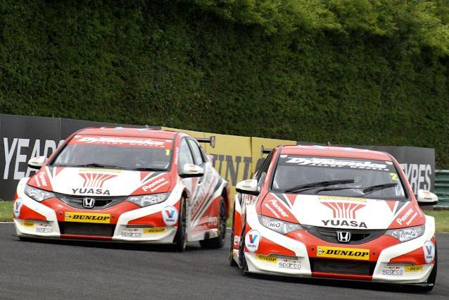 Neal and Shedden need Jordan to run into trouble (Photo: KAn Photography)