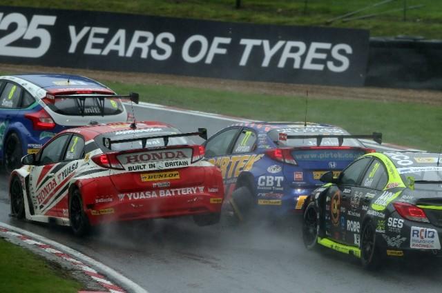 Jordan Neal collision race 2 Brands Hatch 2013