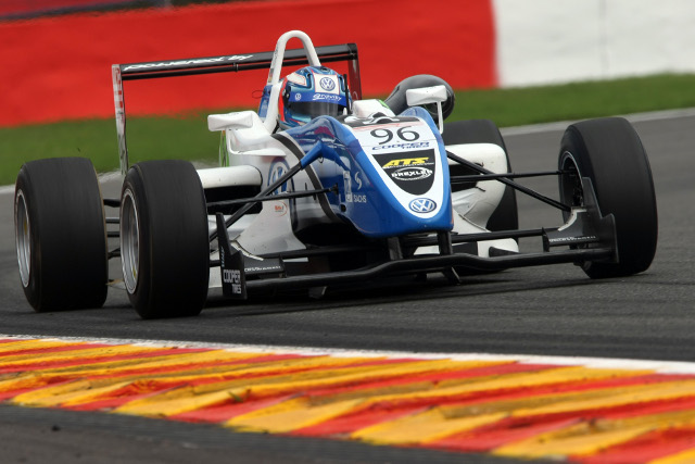 The Signature team will return to F3 with Renault power (Credit: Jakob Ebrey Photography)