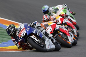 Lorenzo tried everything but ultimately his win wasn't enough (Photo Credit: Yamaha)