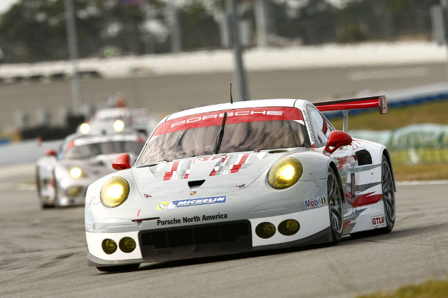 Tandy put the 2014 spec Porsche on the front rwo for its first race (Credit: Porsche AG)