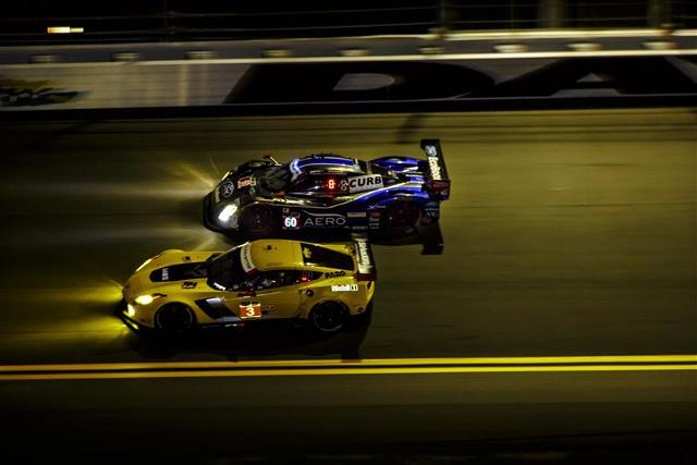 2014 Rolex 24 at Daytona (Credit: Rolex/Stephen Cooper)