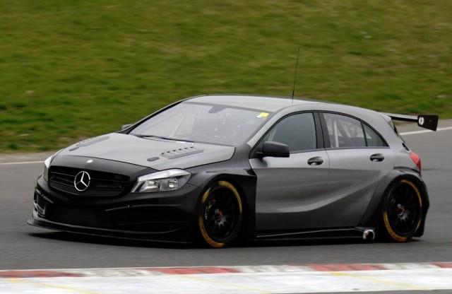 Brands test BTCC 2014 Morgan Mercedes