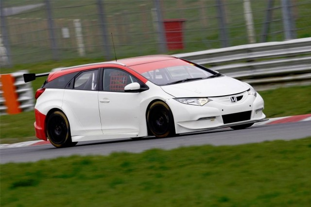 Brands test BTCC 2014 Shedden
