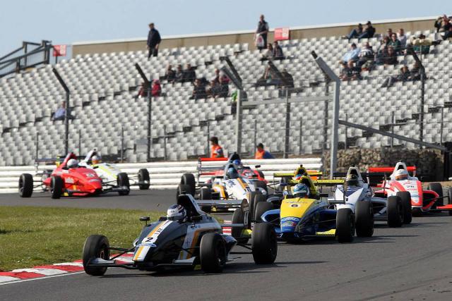 JTR man Kruger beat Harrison Scott off the line (Credit: Formula Ford GB)