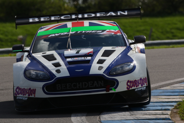 After winning the title last season Beechdean lead half a dozen GT3 Vantages into 2014 (Credit: Jakob Ebrey)