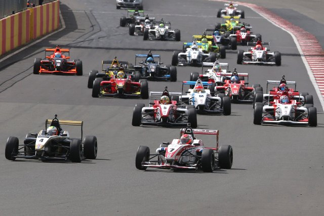 Hyman heads the F4 pack at the start of a new season (Credit: BRDC Formula 4)