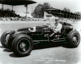 Sam Hanks, 1953 Indy 500 (Credit: Indycar Media)