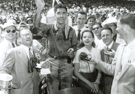 Indy 500 victory lane, 1952 (Credit: Indycar Media)