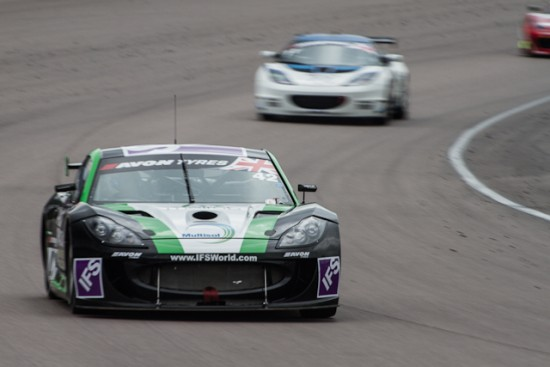 Oliphant had to pass the Lotus on track to get ahead of it on the grid (Credit: Will Belcher Photography)