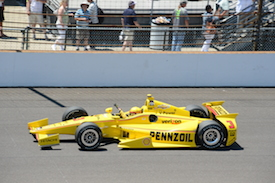Castroneves was unlucky to caught out at the death. (Credit: Jim Haines)