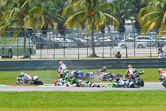 Baz's attempt to pass his teammate had catastrophic results (Photo Credit: WorldSBK.com)
