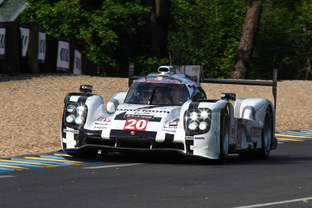 2014 24 Hours of Le Mans (Credit: Michel Jamin)