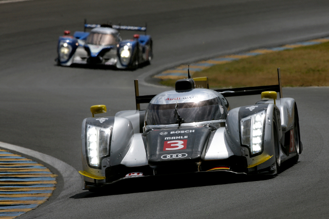 The return of the roof: closed coupe R18 hit problem, but still beat Peugeot (Credit: Audi Motorsport)