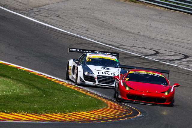 Greensall passed the Simpson Motorsport Audi for what would be the lead (Credit: Jurek Biegus)