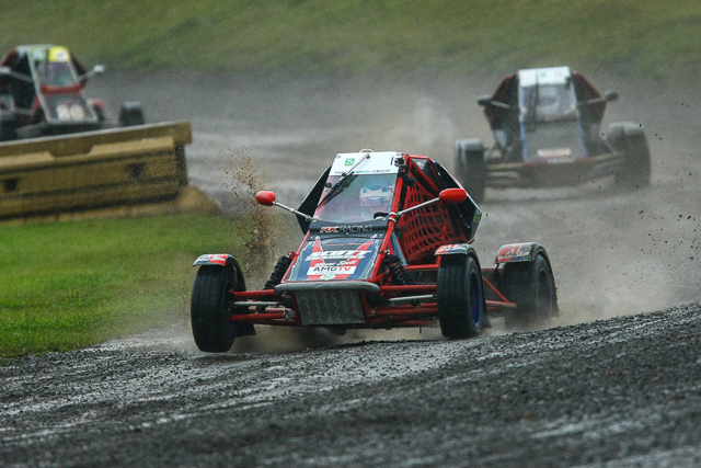 Marc Scott an emphatic win to secure another title