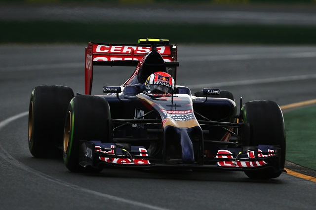 Russian Daniil Kvyat scored points on debut in Australia (Credit: Mark Thompson/Getty Images)