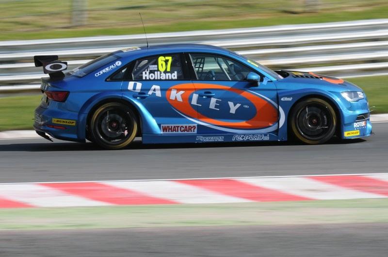 BTCC Brands Hatch 2014 Holland