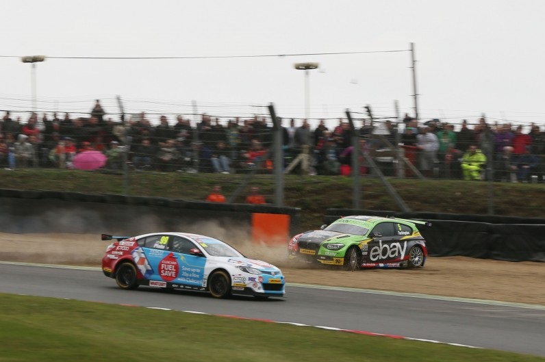 The top two of 2014 clashed in race two. (Photo: btcc.net)