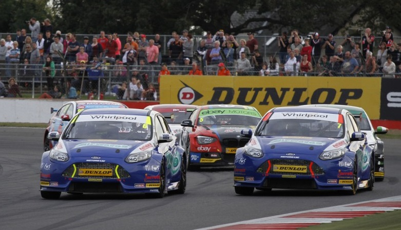 Jackson's early pass on Giovanardi was decisive to R3 victory (Photo: btcc.net)