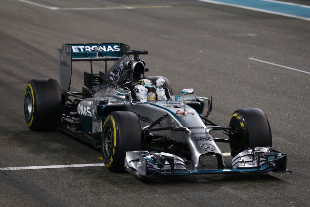 Lewis Hamilton celebrates after clinching his second WDC in Abu Dhabi (Credit: MERCEDES AMG PETRONAS Formula One Team)