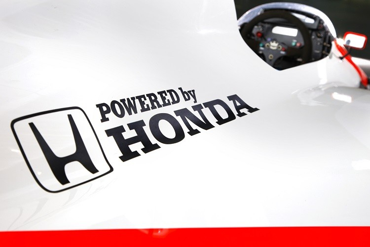 Honda will return to F1 with McLaren in 2015 (Credit: McLaren Media Centre)