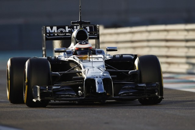 Vandoorne was given the responsibility to test the McLaren-Honda in Abu Dhabi (Credit: McLaren Media Centre)