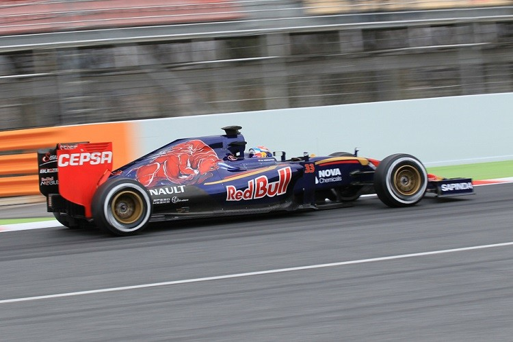 Max Verstappen was fastest in the morning before being usurped by Maldonado (Credit: Octane Photographic Ltd)