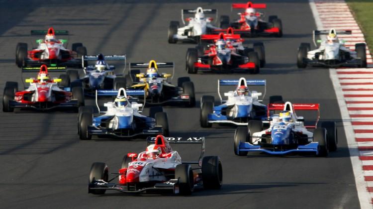 Formula Renault UK - Credit: Jakob Ebrey Photography