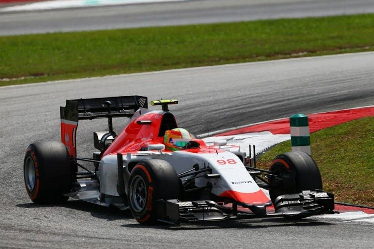 Roberto Merhi made his debut in Malaysia and finished the race (Credit: Manor F1 Team)