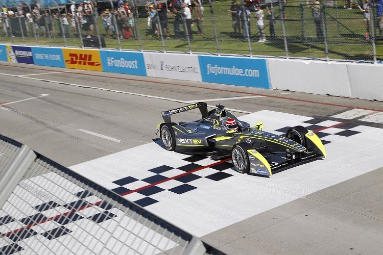 Nelson Piquet Jr was on top form at Long Beach (Credit: FIA Formula E)