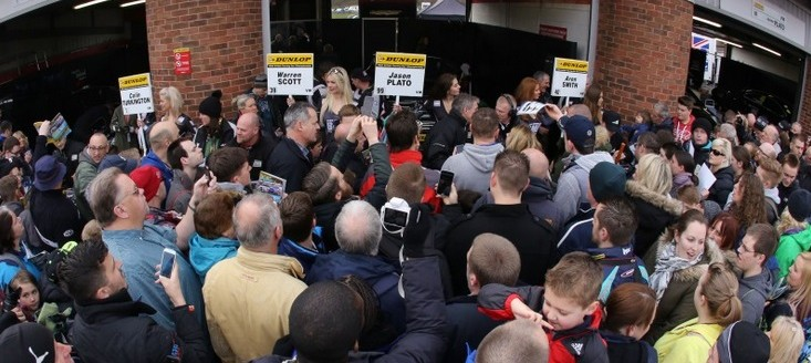 Fans flocked to see drivers on Sunday - Photo: btcc.net