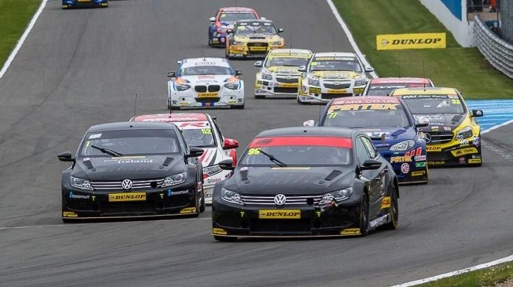 BTCC race one Donington 2015