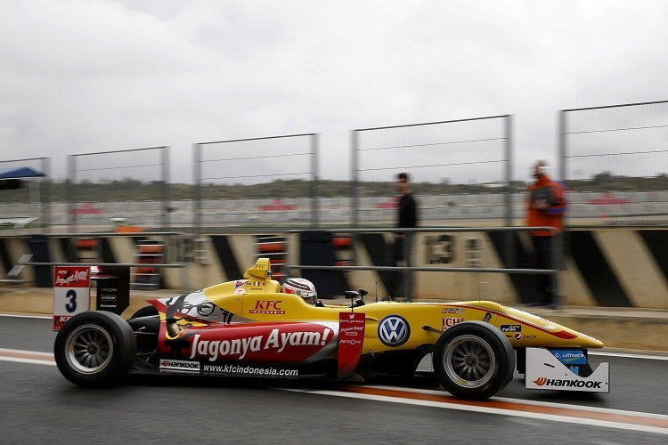 Antonio Giovinazzi is the only driver to remain in the same team he raced for in 2014 (Credit: FIA Formula 3 European Championship)