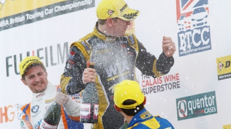 Adam Morgan Thruxton 2015 win 1